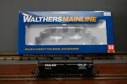 Walthers Mainline Ho Scale 36' 3-dome Tank Car Pan Am Oil Shpx 89