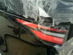 Driver Tail Light Quarter Mounted Red Lower Half Fits 17-18 Discovery 8524012