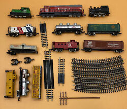 Vintage 1960s Ho Trains Tyco 3-engines 9-turn Track Miscellaneous 9-train Cars