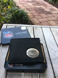 New England Patriots Medallion Billfold Leather Wallet - New - Free Shipping
