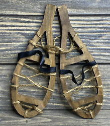 """Vintage Christmas Tree Ornament Wooden Snowshoes Twine Faux Leather Strap 7.5"""""""