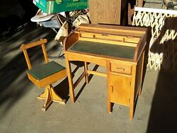 Vintage Leather Roll-top Child's Desk And Chair Taylor England School Education