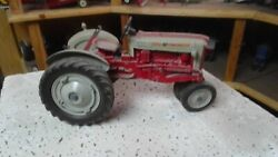 Ford 961 Tractor Toy 1/12