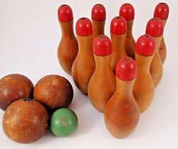 Skittle Lawn Bowling Game Ten Wood Turned Pins Balls Tabletop Red 6 1/4