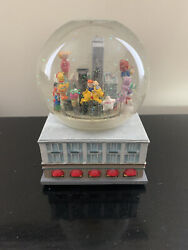 1999 Macy's Thanksgiving Day Parade Musical Snow Globe Twin Towers Nyc
