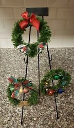 Byersand039 Choice Vendor Wreath Stand With 3 Festive Christmas Wreaths Accessories