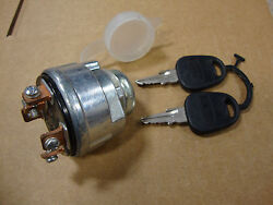 1000 1100 1200 1300 1500 1510 1600 1700 1900 1910 2110 Ford Tractor Key Switch