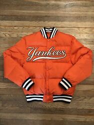 Nwot Guccinew York Bomber Puffer Jacket With Yankees Patch Down Packed Orange