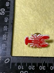 Collectable Pin Back Badge - Lobster Maine  Bb145