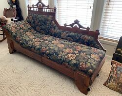 1800s Eastlake Victorian Oak Fainting Couch Antique - Expands To Day Bed