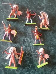 7 Vintage Britains Ltd 1971 Deetail Made In England Toy Indians