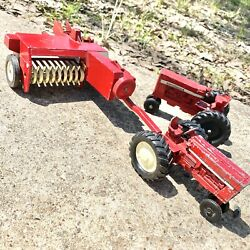 Vintage Lot Of 3 Ertl International Red Farm Tractors And Equipment Toys