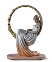 Lladro In Her Thoughts Woman. Sku 01009537. Ships Directly From Spain. 17andrdquohx12andrdquow