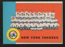 1963 Topps New York Yankees Team Card 247 Mantle Maris Berra And Ford