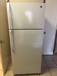 Ge Refrigerator/freezer, White, Used Little, Local Pick Up Only.