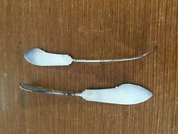 Two -2- Whiting Arabesque Sterling Silver Spreader Knifes 7.5andrdquo Butter And Cream