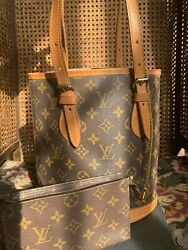 LOUIS VUITTON Monogram Bucket PM Bag AR 1926 w pouch Very Nice Condition $449.00