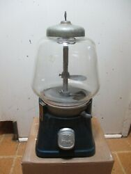 Collectible Vintage 5 Cent Gumball Silver King Machine From The 40's