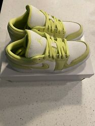 Brand New Womenand039s Air Jordan 1 Low Se Limelight Size 7w Dh9619-103