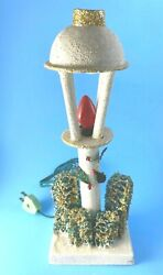 Vintage Commodore Christmas Mica Lamp Post Street Light With Bottle Brush Trees