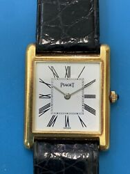 Piaget Ladies Yellow Gold Ultrathin Vintage Watch Extremely Elegant 677