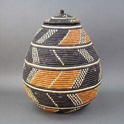 African Traditional Handwoven Zulu Large Basket 19 X 15