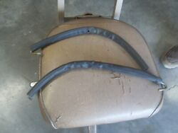 1950 Ford F-1 Tail Gate Chains.