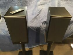 Totem Acoustic KIN Play Powered Speakers Mint condition original packaging $700.00