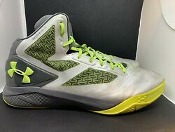UNDER ARMOUR CLUTCHFIT Drive 2 Metallic Silver Grey Yellow #1258143 041 Size 16 $39.99