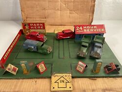 Rare 1930and039s Marx Toys Pressed Steel Parking Lot Playset In Box 5 Cars And Trucks