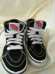 Vans High Top Size 10.5 toddler Black OFF THE WALL World#x27;s #1 Skateboarding Shoe