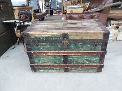 Antique Victorian Wood And Metal Steamer Trunk Vintage Home Decor Chest Table