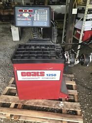 Coats 1250-2d Tire Balancer Laser Guided Operation