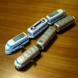 Tin Train Toy Set Of 2 Damaged To The Connecting Part Made In Japan