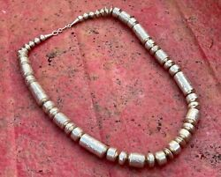 Gorgeous Vtg Navajo Pearls Sterling Silver Native American Bench Beads Handmade