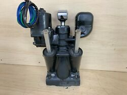 Evinrude Etec Hydraulic Power Trim And Tilt Assembly 150 - 300 - Needs Repair