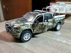 Truck Pickup Mexican Police 1/24