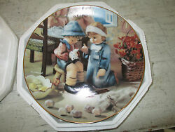 Hummel, Little Companions, Tender Loving Care, Collector Plate, 1990, New