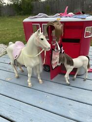 Our Generation Mane Attraction Horse Trailer With Horse And Foal