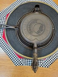 Vintage Crescent Fanner 8 Waffle Iron
