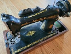 Vintage Singer Sewing Machine - Fully Operational