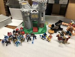 Fisher Price 1994 Great Adventures Castle Playset 20 Knights Blunder Boulder++++