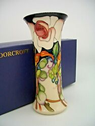Moorcroft Elizabeth Vase By Emma Bossons Numbered Edition Queens 80th Birthday