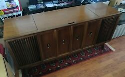 Zenith Stereo Console Z940 - Mid-century Modern, Radio, 8-track, Turntable