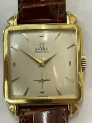 Omega Vintage Yellow Gold 18 K Automatic 907