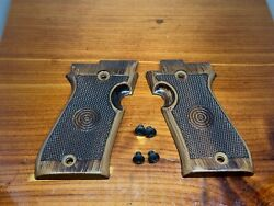 Ekol And Voltram P29 9mm - Grips And Screws - F54