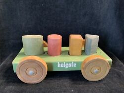 Vintage Holgate Toys Classic Wooden Toddler Pull Toy Retro Shape Sort Pegs