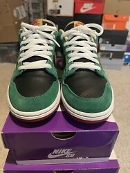 Nike Sb Dunk Miller High Life- Marvin The Martian Size 9.5