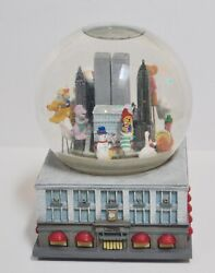 Macy's Thanksgiving Day Parade Musical Snow Globe Twin Towers Nyc 1999