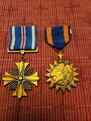 Wwii Us Air Medal And Distinguished Flying Cross Pair
